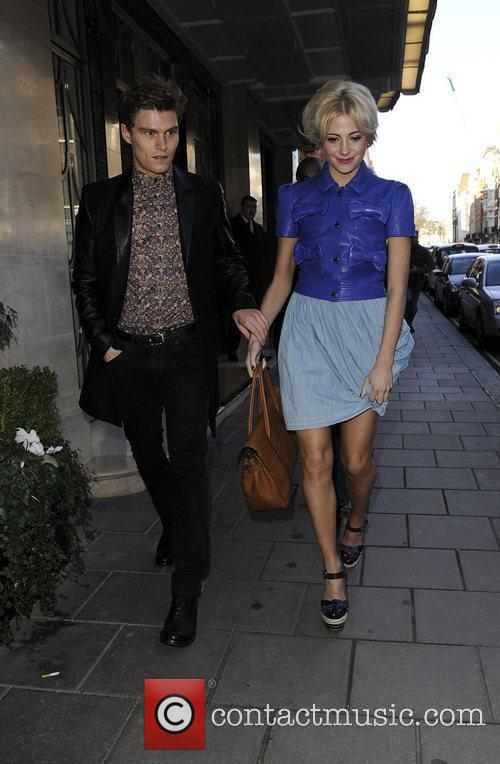 Pixie Lott and London Fashion Week 6