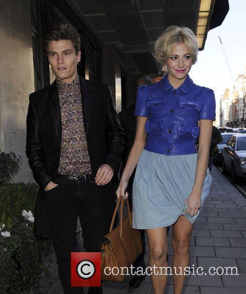 Pixie Lott and London Fashion Week 8