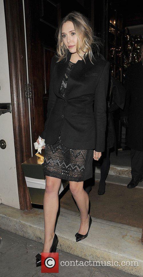 Elizabeth Olsen and London Fashion Week 7