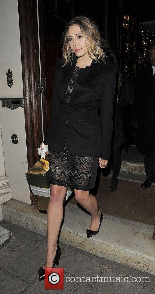 Elizabeth Olsen and London Fashion Week 9