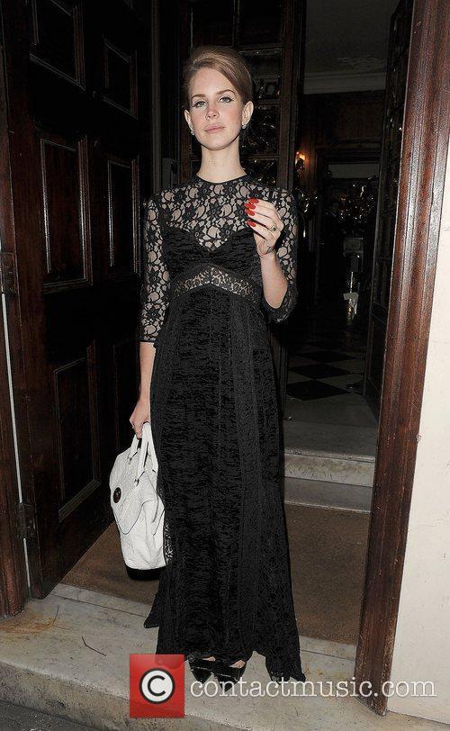 Lana Del Rey and London Fashion Week 9