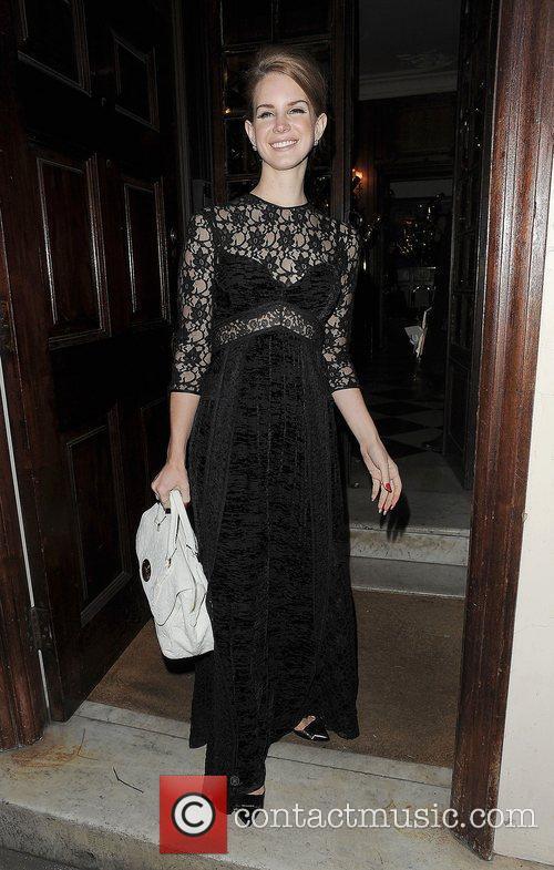 Lana Del Rey and London Fashion Week 10