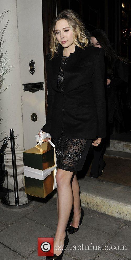 Elizabeth Olsen and London Fashion Week 4
