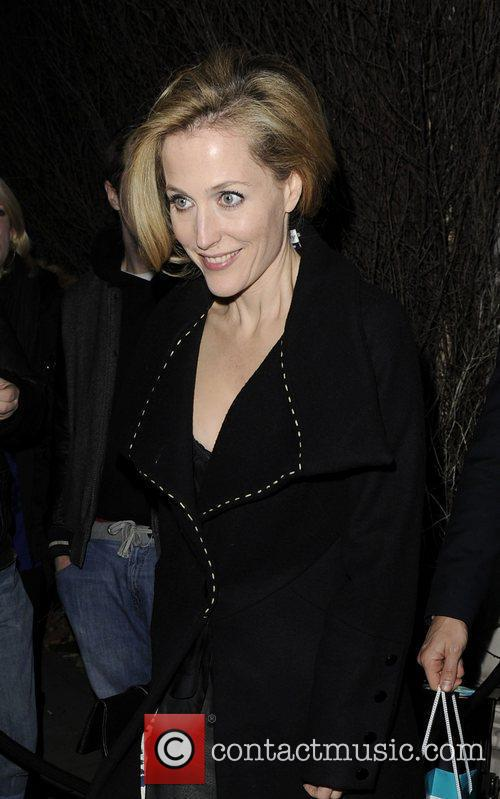 Gillian Anderson and London Fashion Week 3