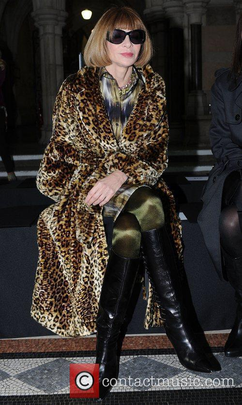 Anna Wintour and London Fashion Week 6