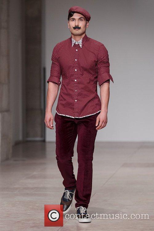 Lisbon Fashion Week – Spring/Summer 2012 - Nuno...