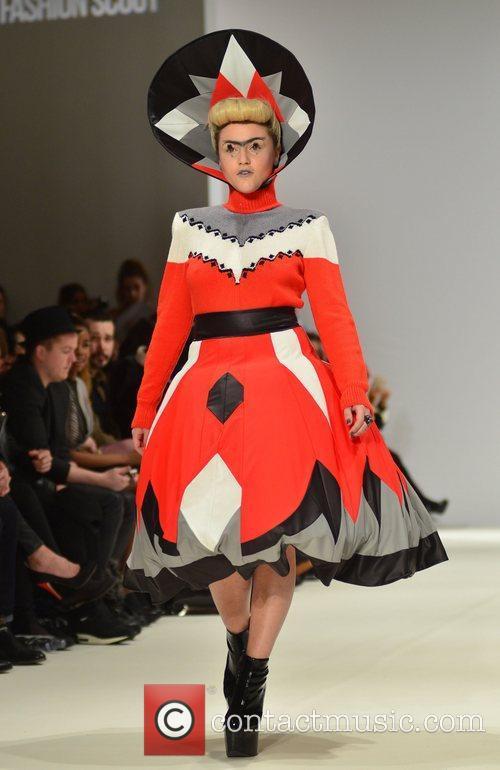 Jaime Winstone and London Fashion Week 11