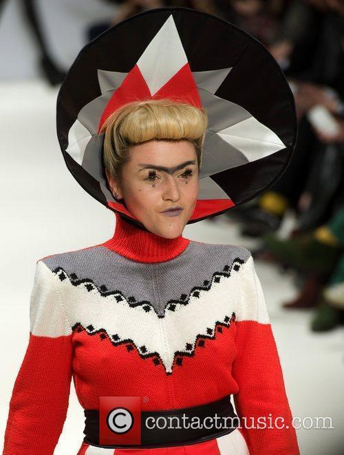 Jaime Winstone and London Fashion Week 1