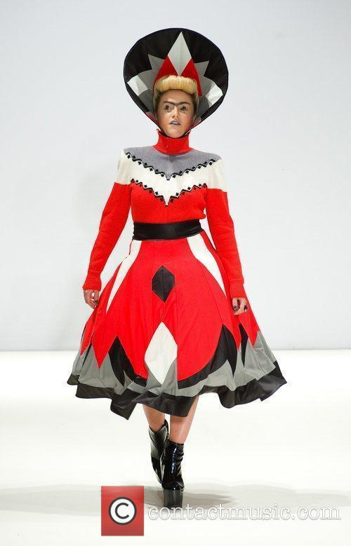 Jaime Winstone and London Fashion Week 5