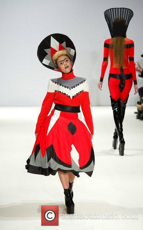 Jaime Winstone and London Fashion Week 6