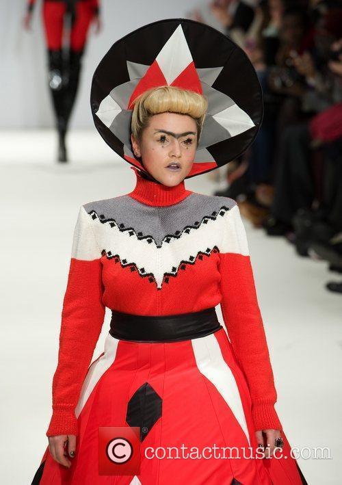 Jaime Winstone and London Fashion Week 7