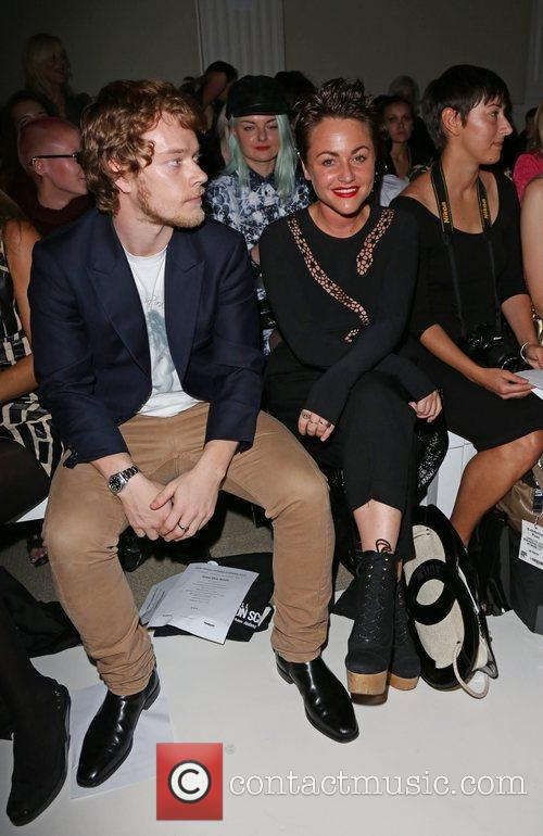 Alfie Allen and Jaime Winstone 2