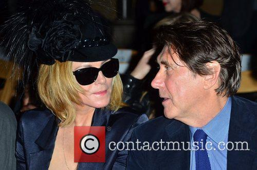 kim cattrall and bryan ferry london fashion 5914050