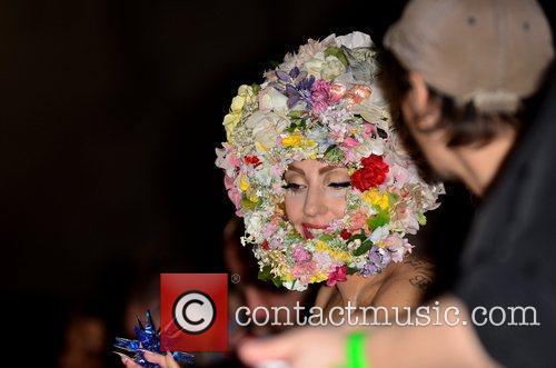 Lady Gaga and London Fashion Week 9