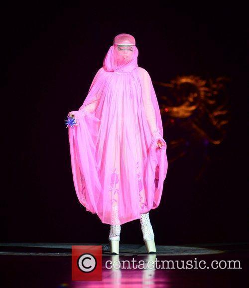 Lady Gaga and London Fashion Week 10