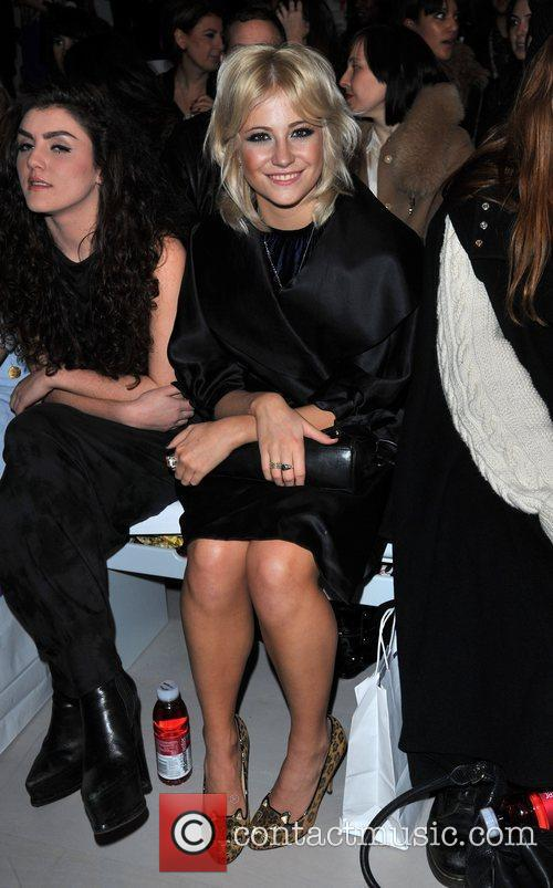 Pixie Lott and London Fashion Week 4