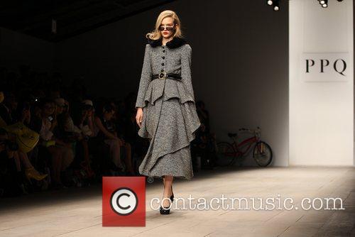 Model and London Fashion Week 3