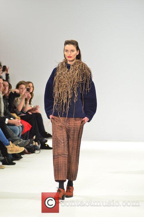 Model and London Fashion Week 4