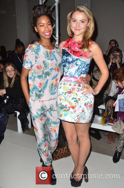 Tolula Adeyemi, Amber Atherton London Fashion Week -...
