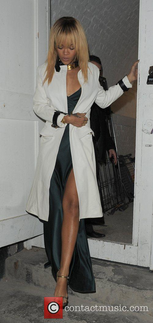 Rihanna and London Fashion Week 4