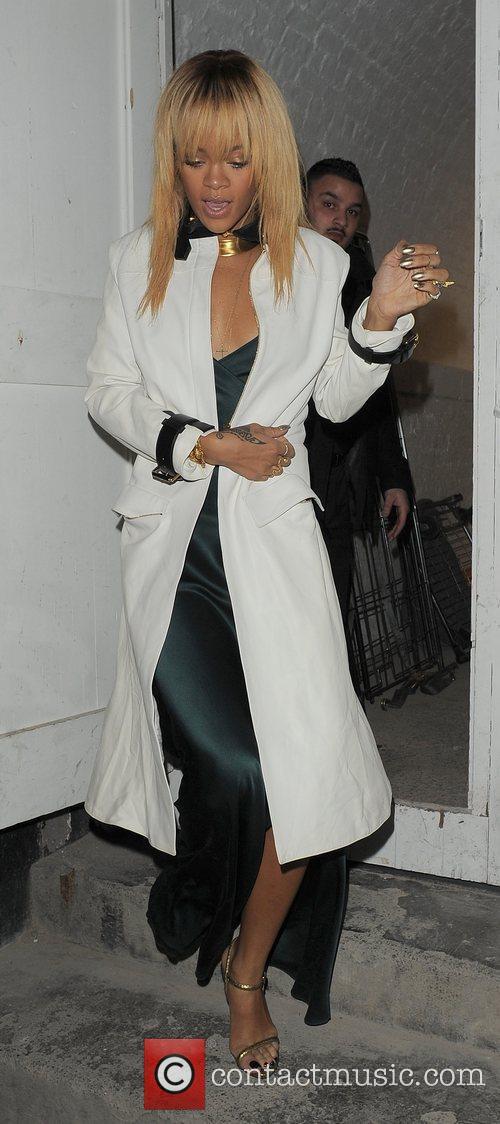 Rihanna and London Fashion Week 6