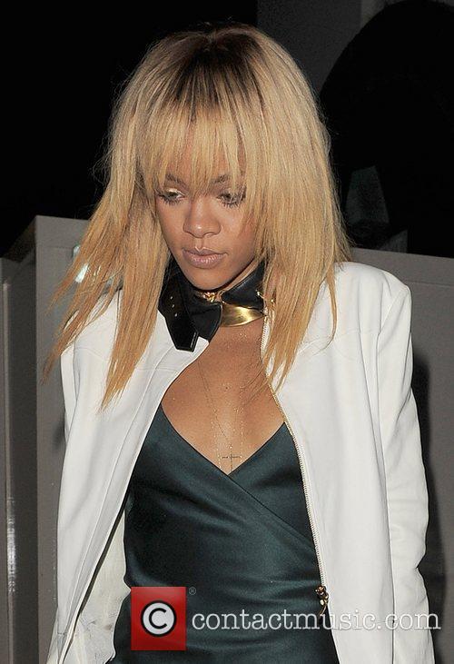 Rihanna and London Fashion Week 11