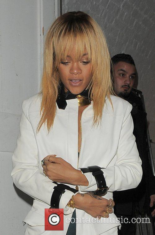 Rihanna and London Fashion Week 1