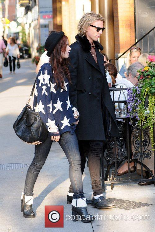 lily collins and jamie campbell bower out 5914271