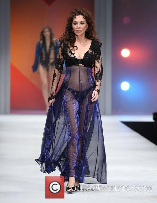 Marie Helvin, Old Billingsgate and Lingerie London 1