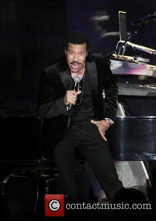 Lionel Richie and Manchester MCR Arena 19