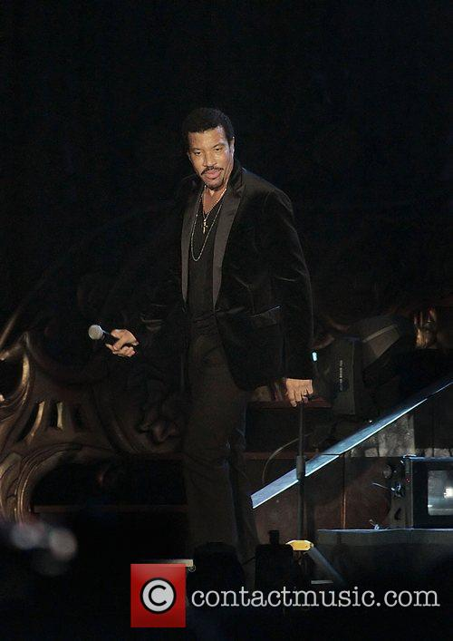 Lionel Richie and Manchester MCR Arena 22