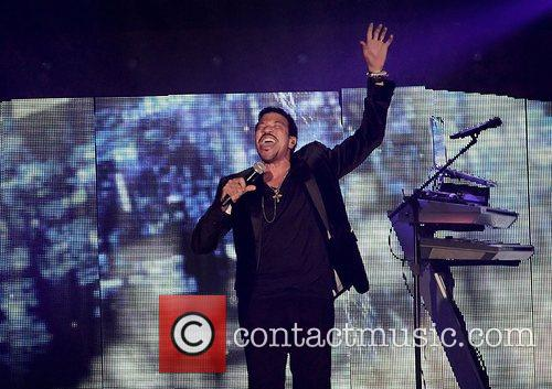 Lionel Richie and Manchester MCR Arena 30
