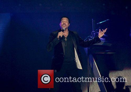 Lionel Richie and Manchester MCR Arena 23
