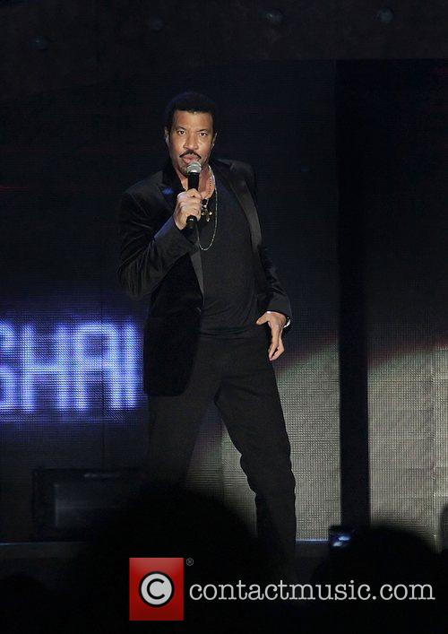 Lionel Richie and Manchester Mcr Arena 2