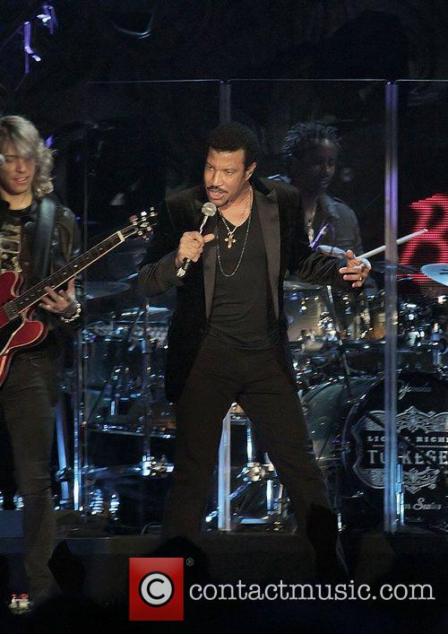Lionel Richie and Manchester MCR Arena 33