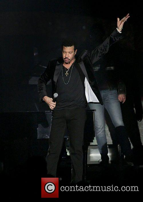 Lionel Richie and Manchester MCR Arena 27