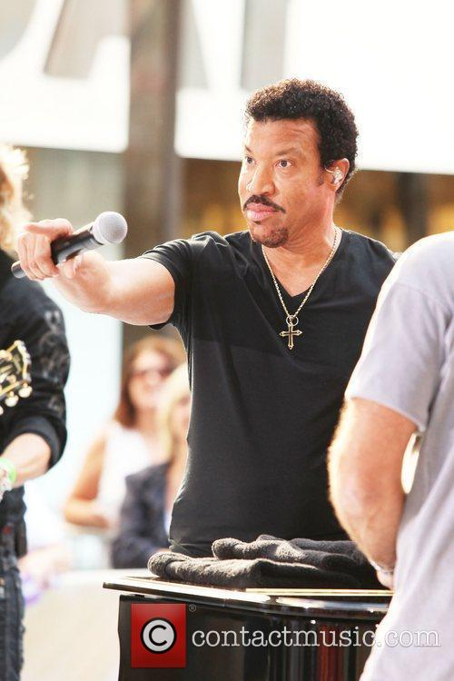 Lionel Richie and Rockefeller Plaza 2