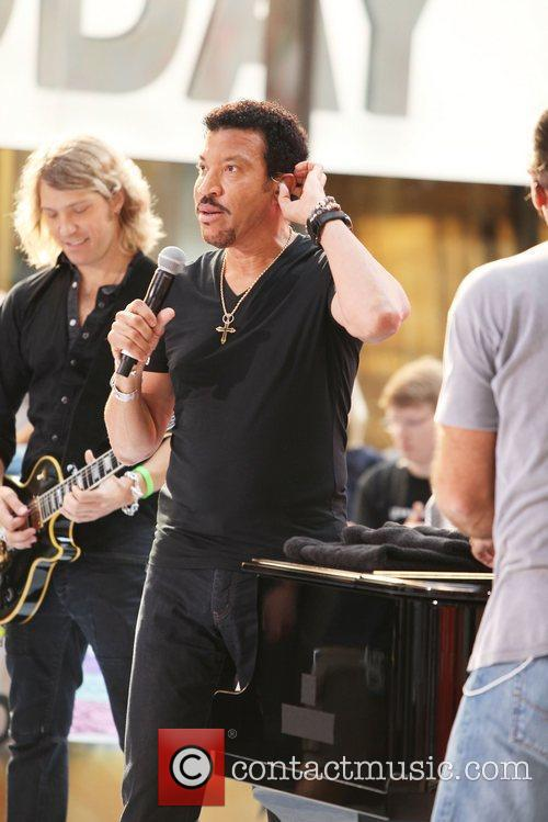 Lionel Richie and Rockefeller Plaza 3