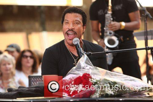 Lionel Richie and Rockefeller Plaza 17