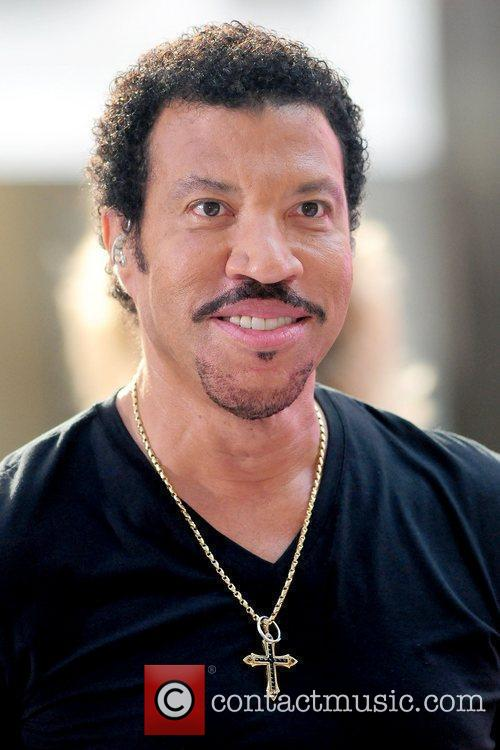 Lionel Richie and Rockefeller Plaza 20
