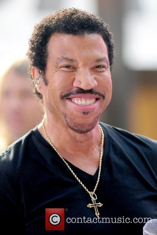 Lionel Richie and Rockefeller Plaza 21