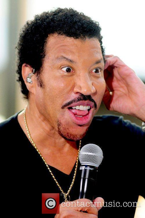 Lionel Richie and Rockefeller Plaza 22