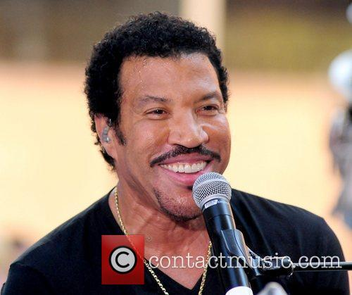 Lionel Richie and Rockefeller Plaza 23