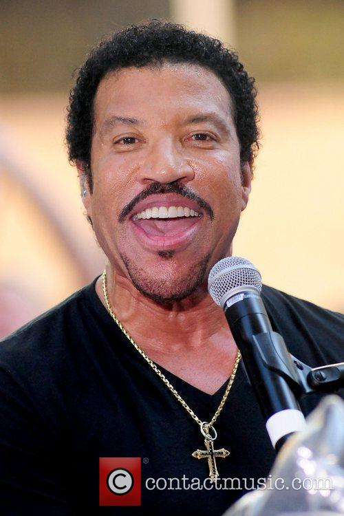 Lionel Richie and Rockefeller Plaza 25