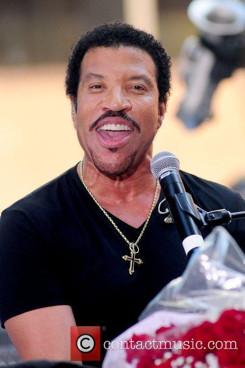 Lionel Richie and Rockefeller Plaza 26