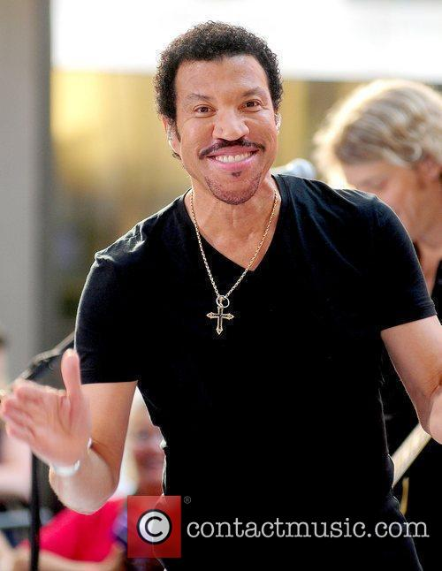 Lionel Richie and Rockefeller Plaza 28