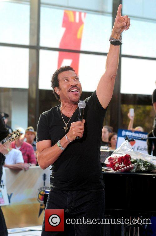 Lionel Richie and Rockefeller Plaza 30