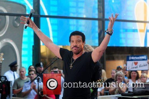 Lionel Richie and Rockefeller Plaza 36
