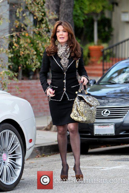 star of 'The Real Housewives of Beverly Hills' leaving Ken Paves salon