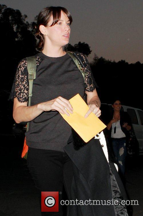 liv tyler arrives at the hollywood bowl 4023955